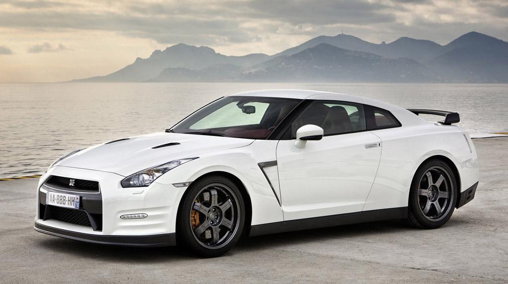 Nissan GT-R Desktop Backgrounds Free