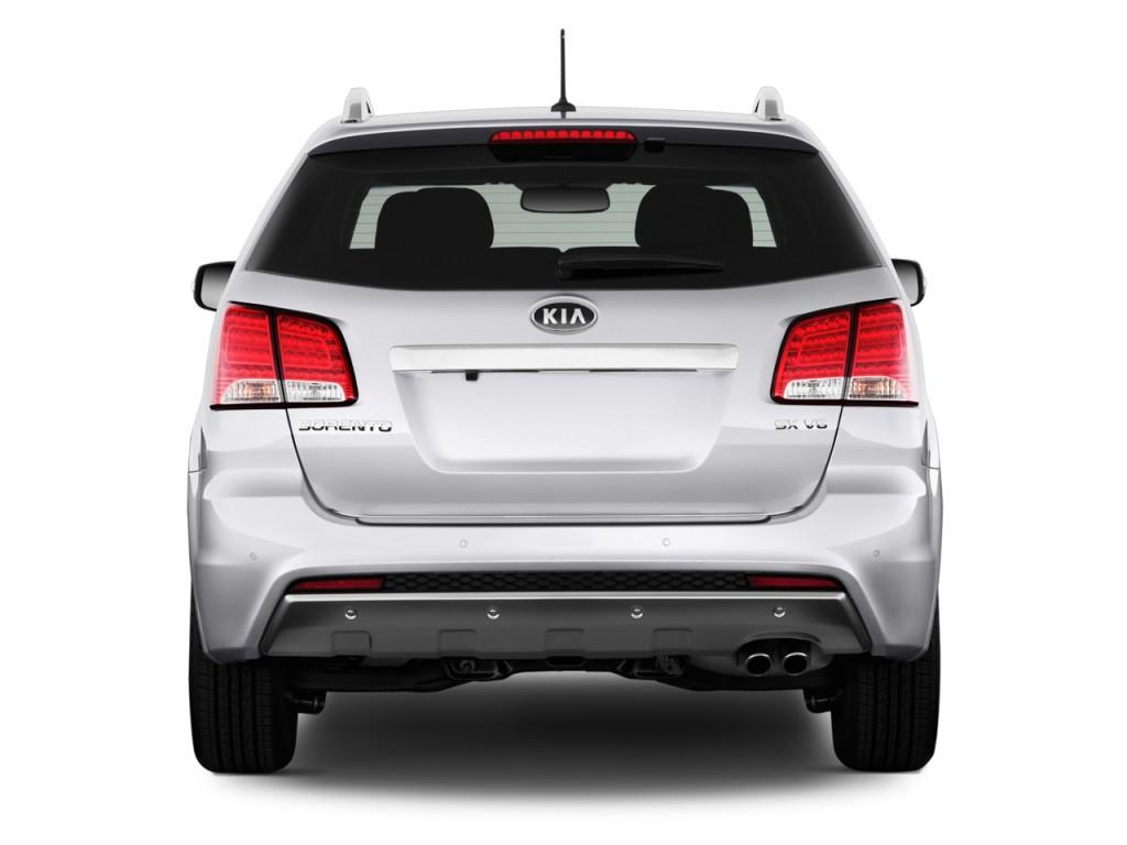 Kia Sorento 2WD 4 door V6 SX Rear Exterior View Free Download Image Of