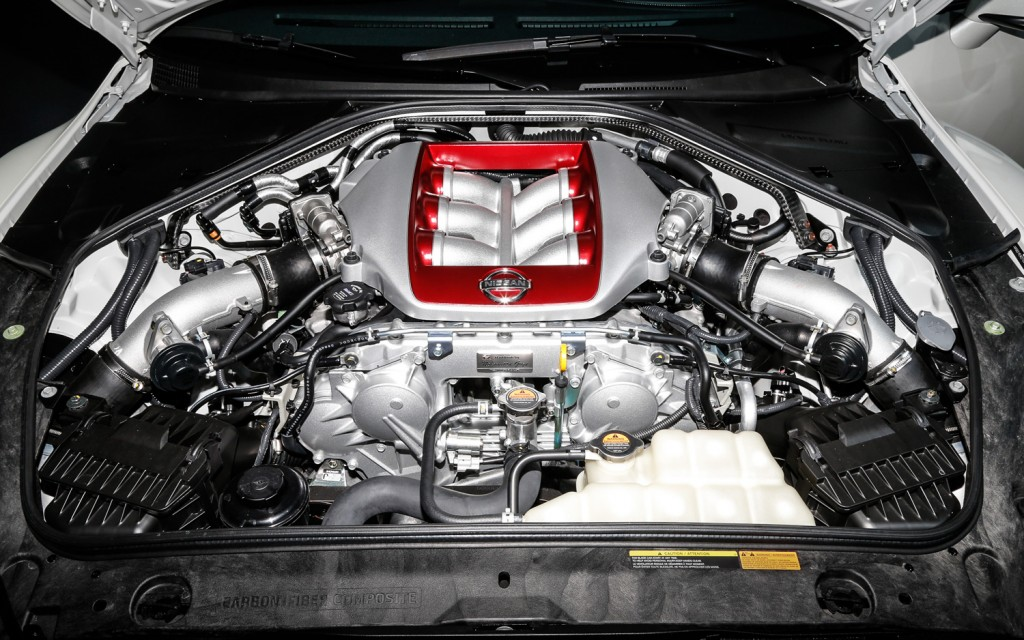 2014 Nissan GT R Engine Wallpaper Free For Computer