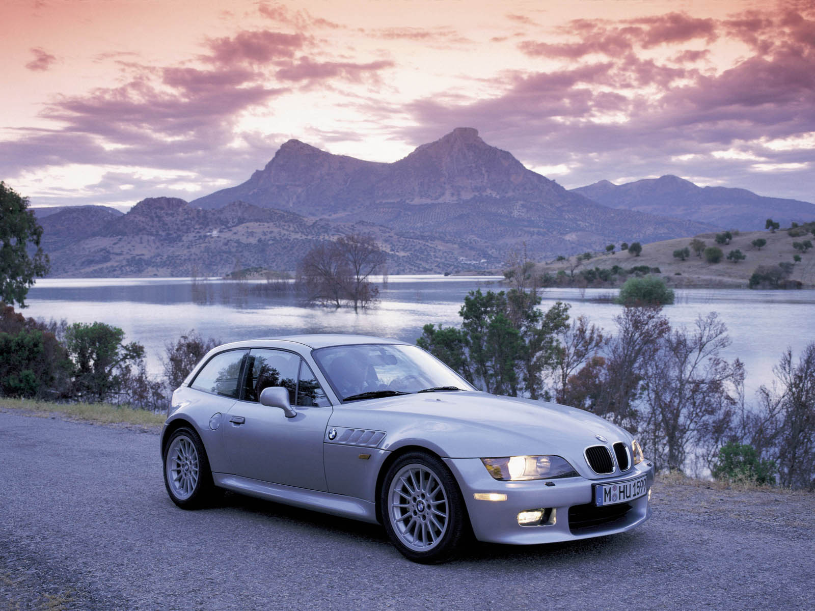 BMW Z3 Coupe Car High Resolution Wallpaper Free