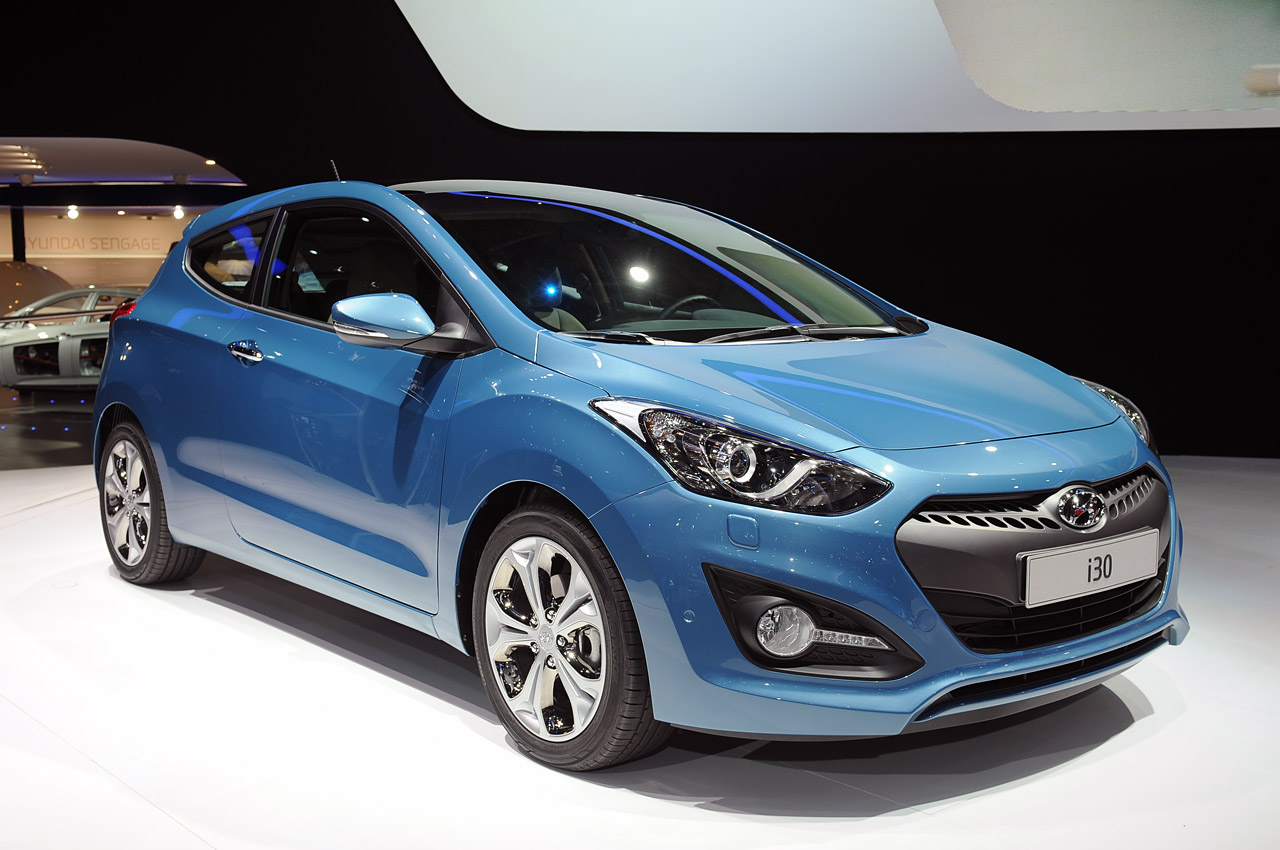 hyundai is a car that has an amazing concept elegant Wallpapers HD
