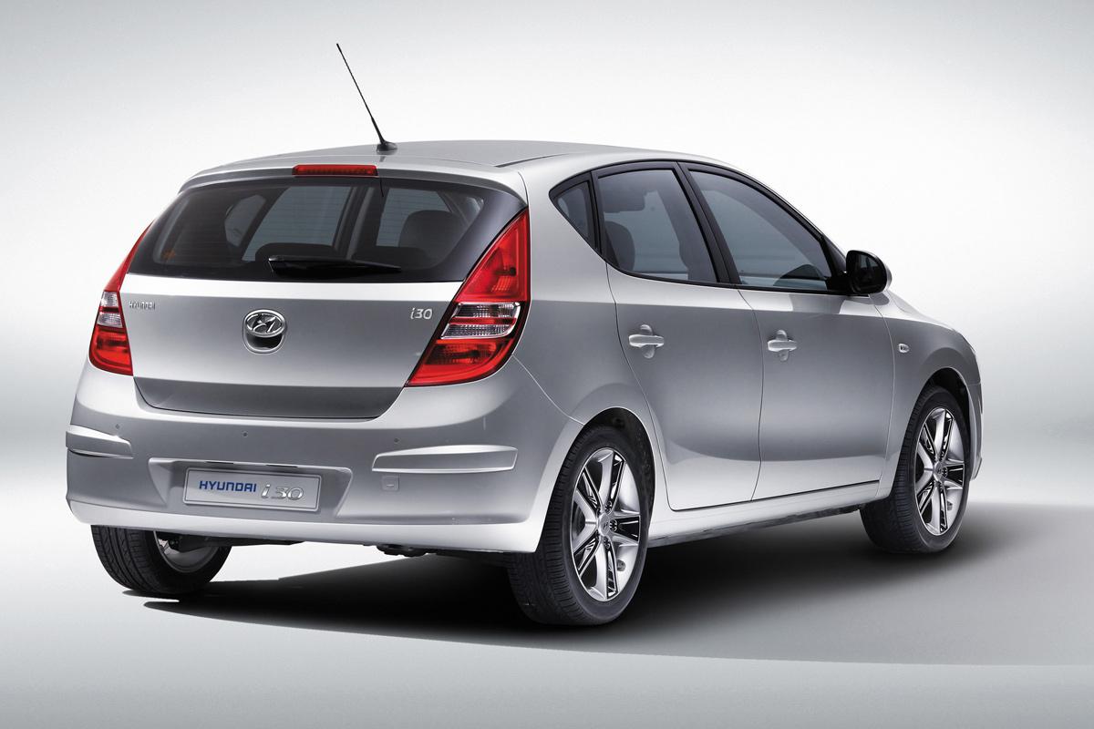 Hyundai sets new i30 Wallpapers Download