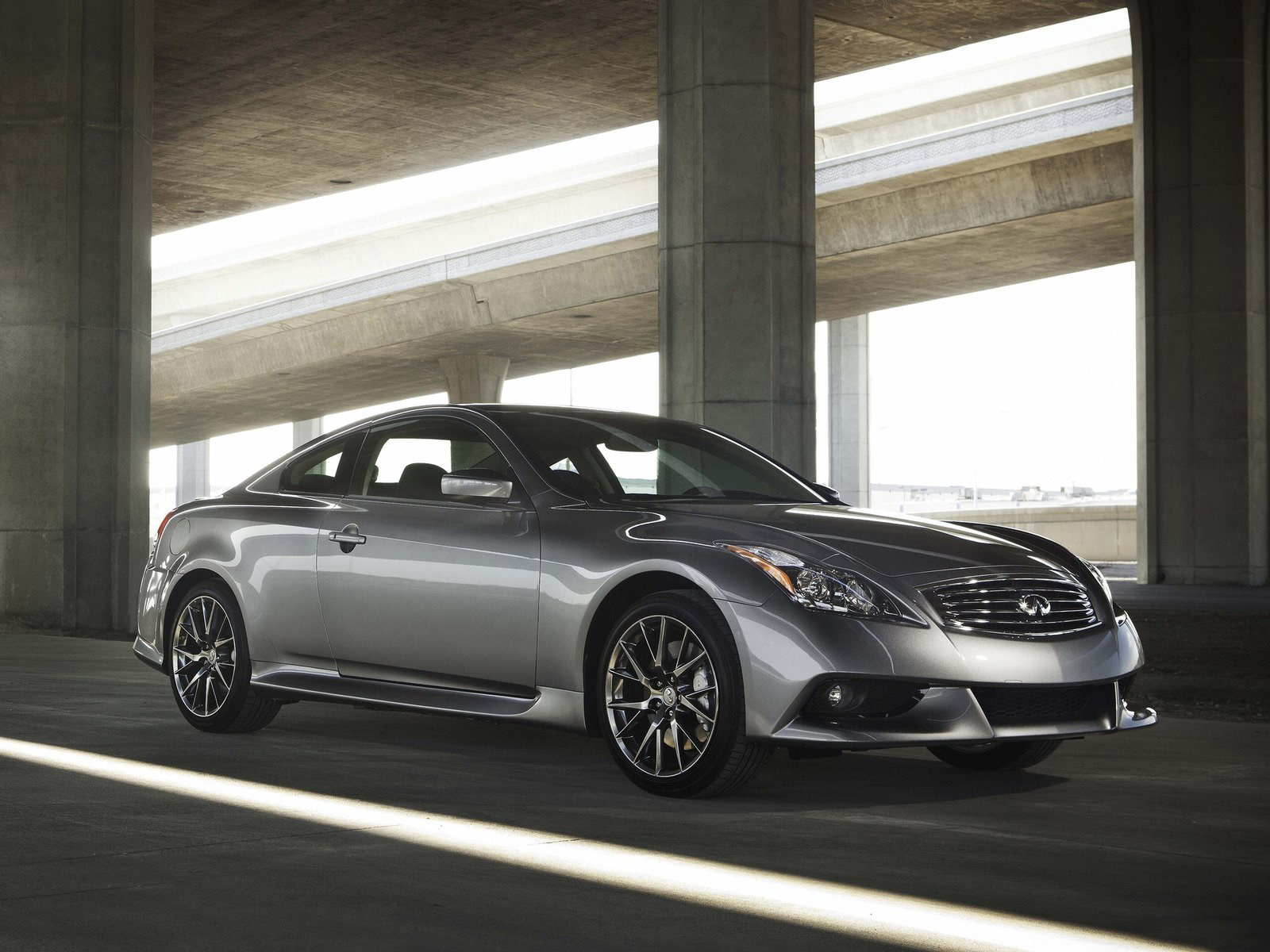 Infiniti IPL G Coupe car motorcycle scooter Wallpapers Download