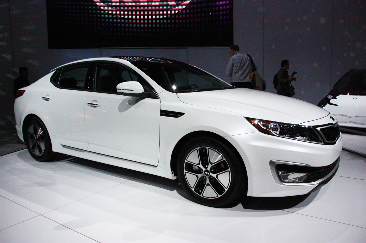 New Kia Optima Hybrid is Smart and Stylish HD quality defination Wallpaper Gallery Free