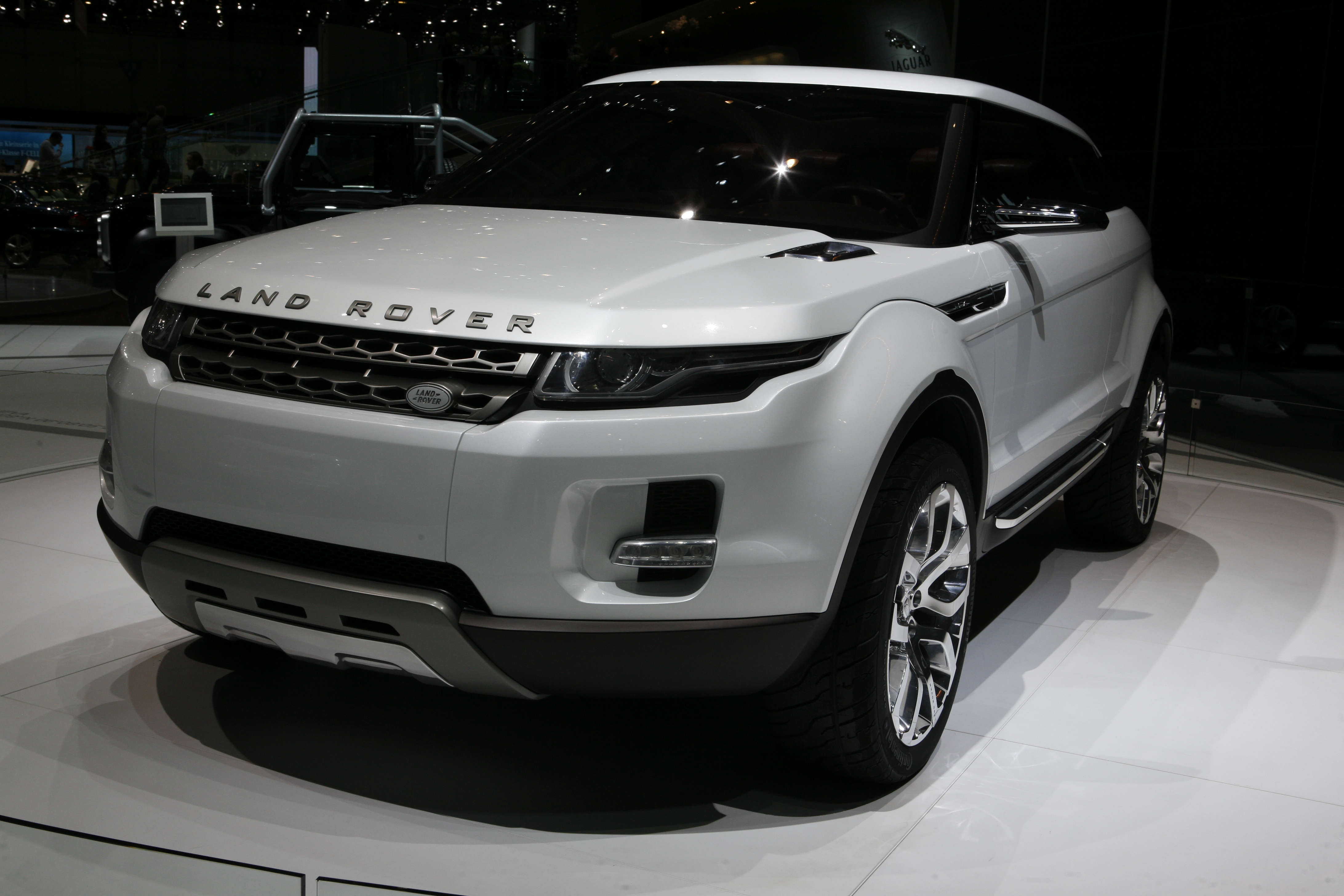 Land Rover front Angle Wallpaper Free Download Image Of