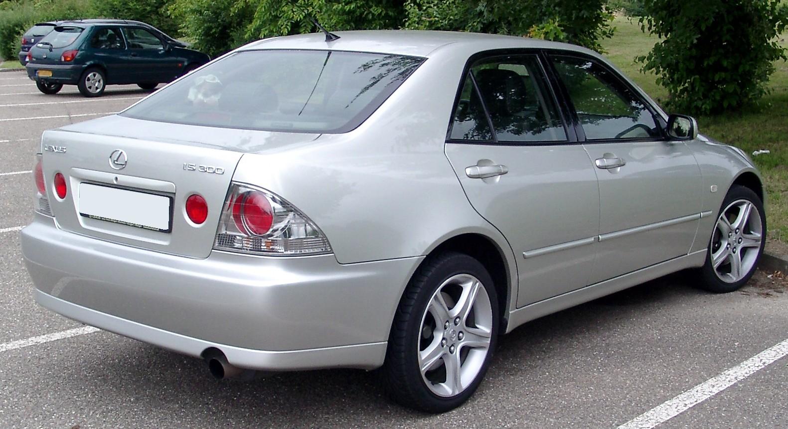 Lexus IS 300 rear High Resolution Wallpaper Free