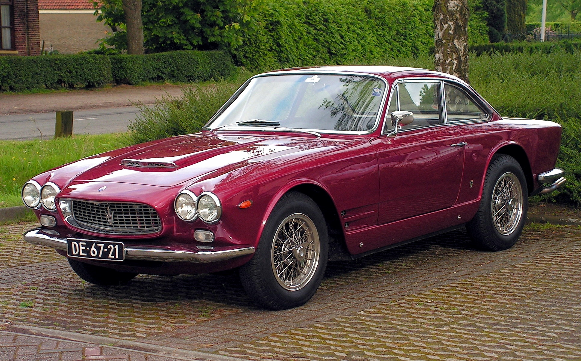 Maserati 3500 gti High Resolution Wallpaper Free