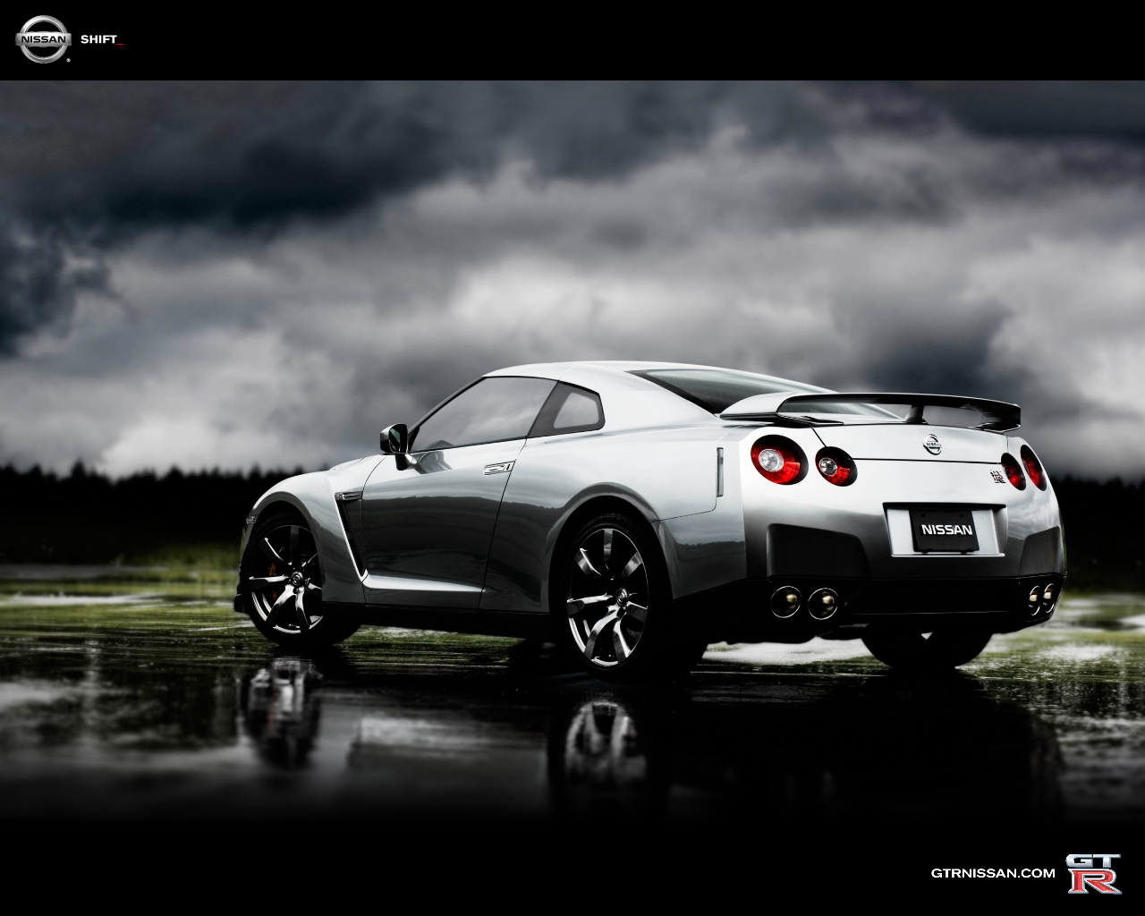 Nissan GTR Free Wallpaper Download