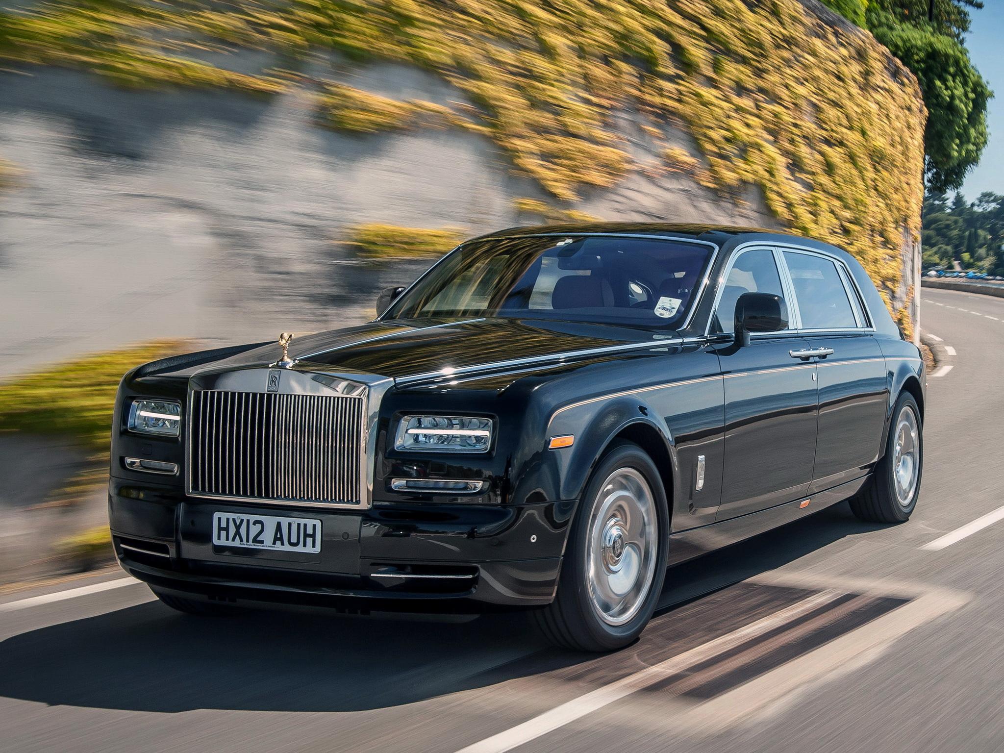 Rolls Royce Phantom Desktop Wallpaper