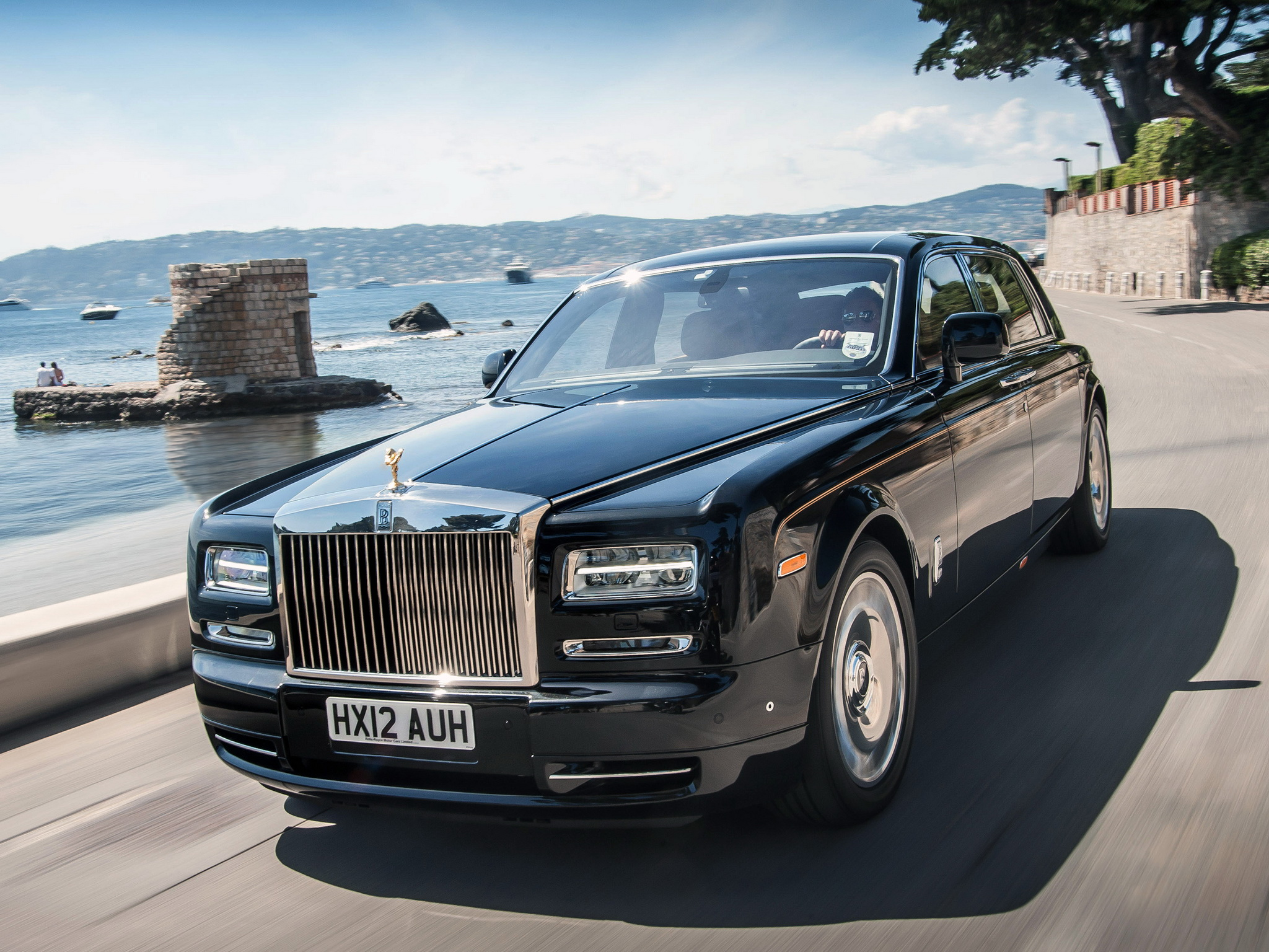 Rolls Royce Phantom Free Wallpaper For Desktop
