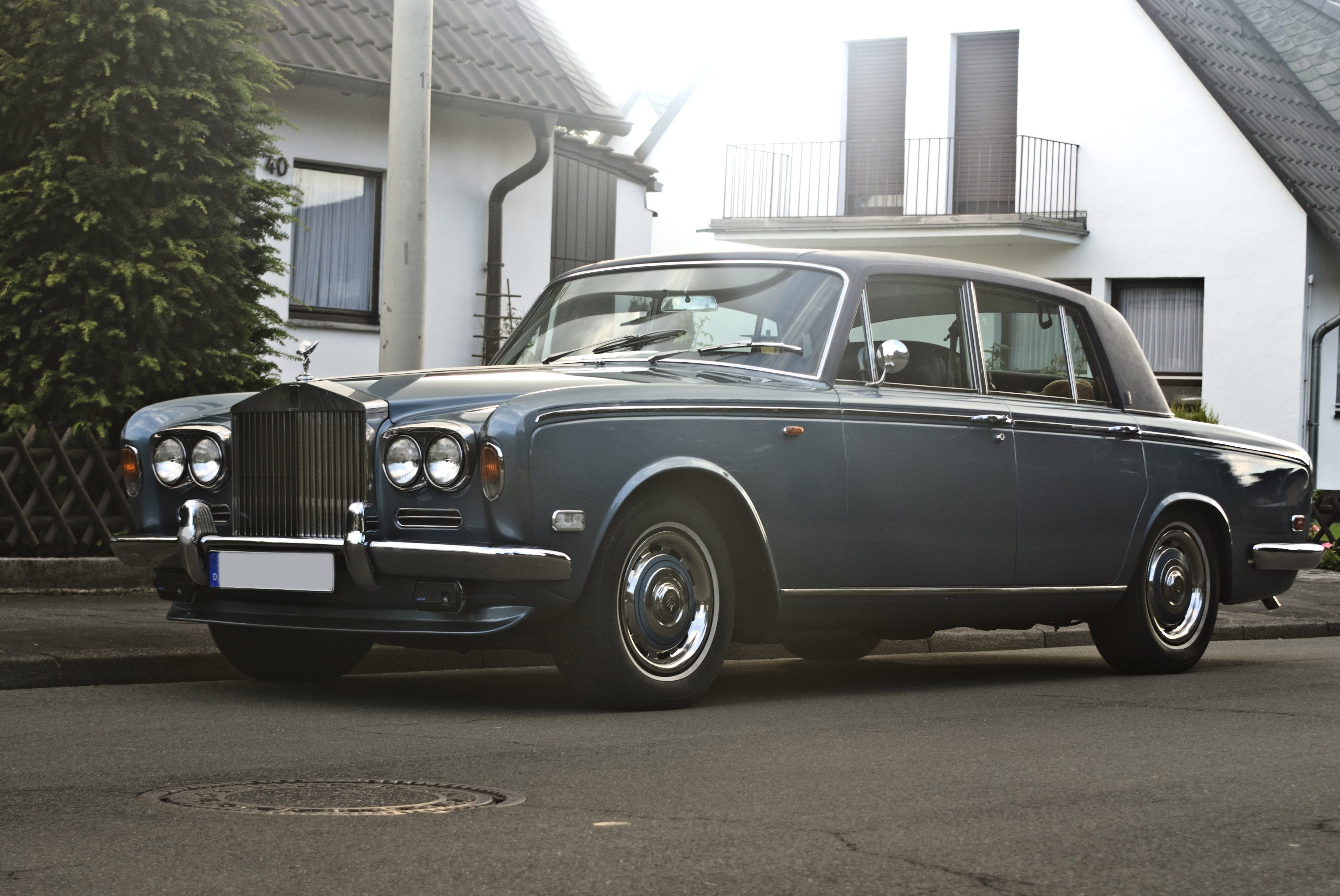 rolls royce silver shadow wallpaper hd for mob 19326 wallpaper. Black Bedroom Furniture Sets. Home Design Ideas