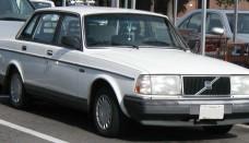 Volvo 240 sedan Wallpapers Desktop Download