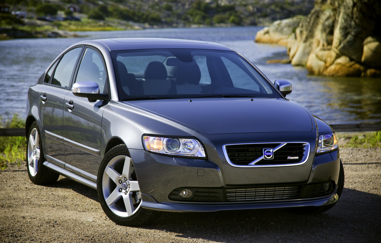 Volvo S40 Sedan Joins V50 Wagon  Wallpapers Desktop Download