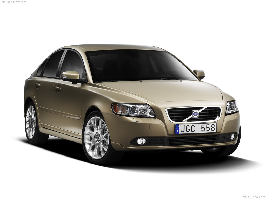 volvo s 40 motor  Free Download Image Of
