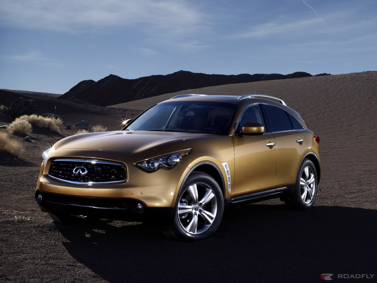 Infiniti FX50 and FX35 debut Wallpapers HD Wallpaper