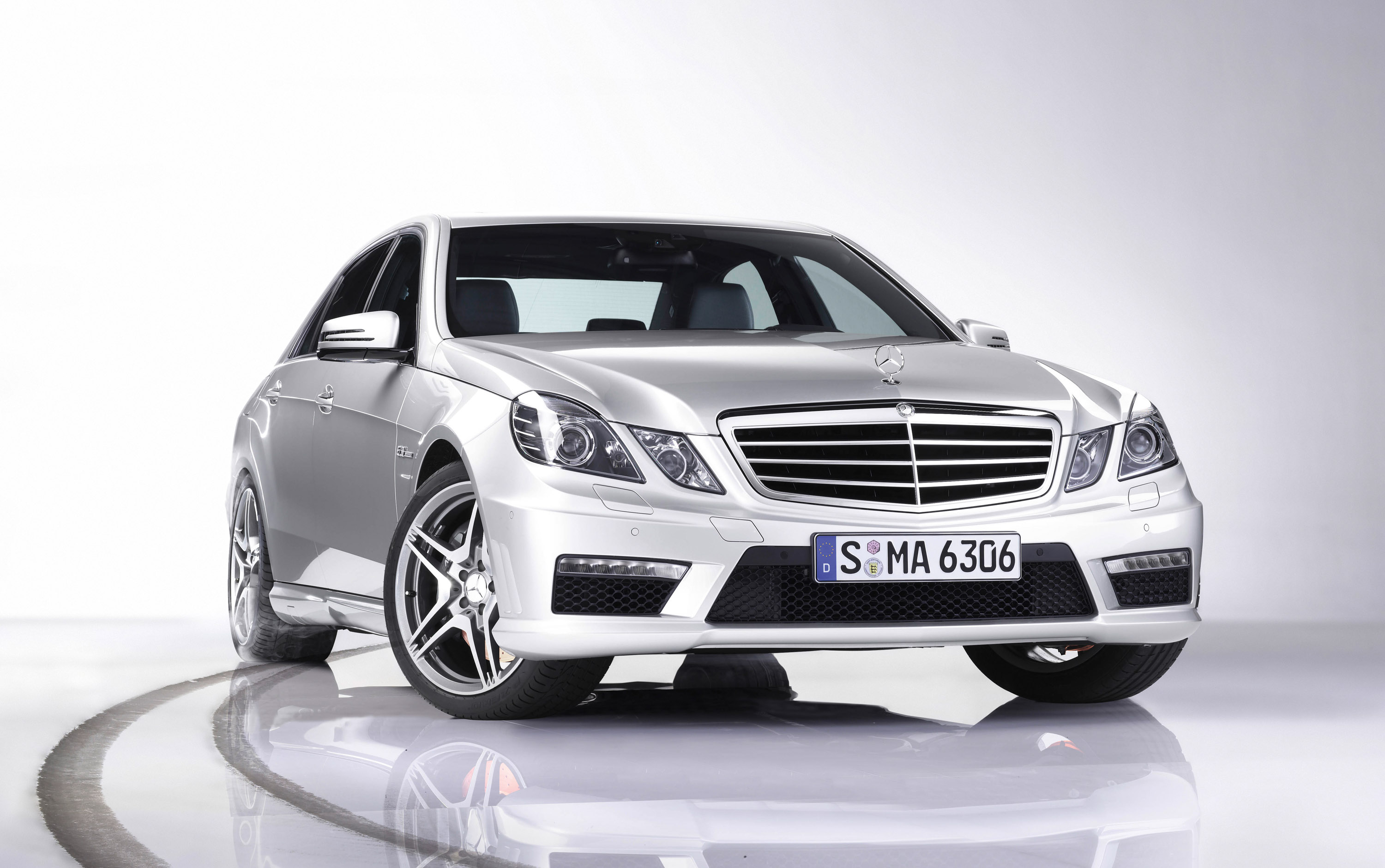 Mercedes Benz E63 AMG New Technologies Wallpaper Gallery Free