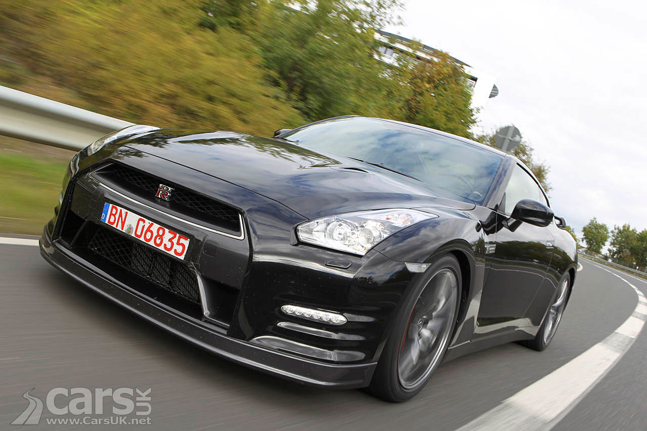 Nissan GT-R 2012 Wallpaper Free For Windows