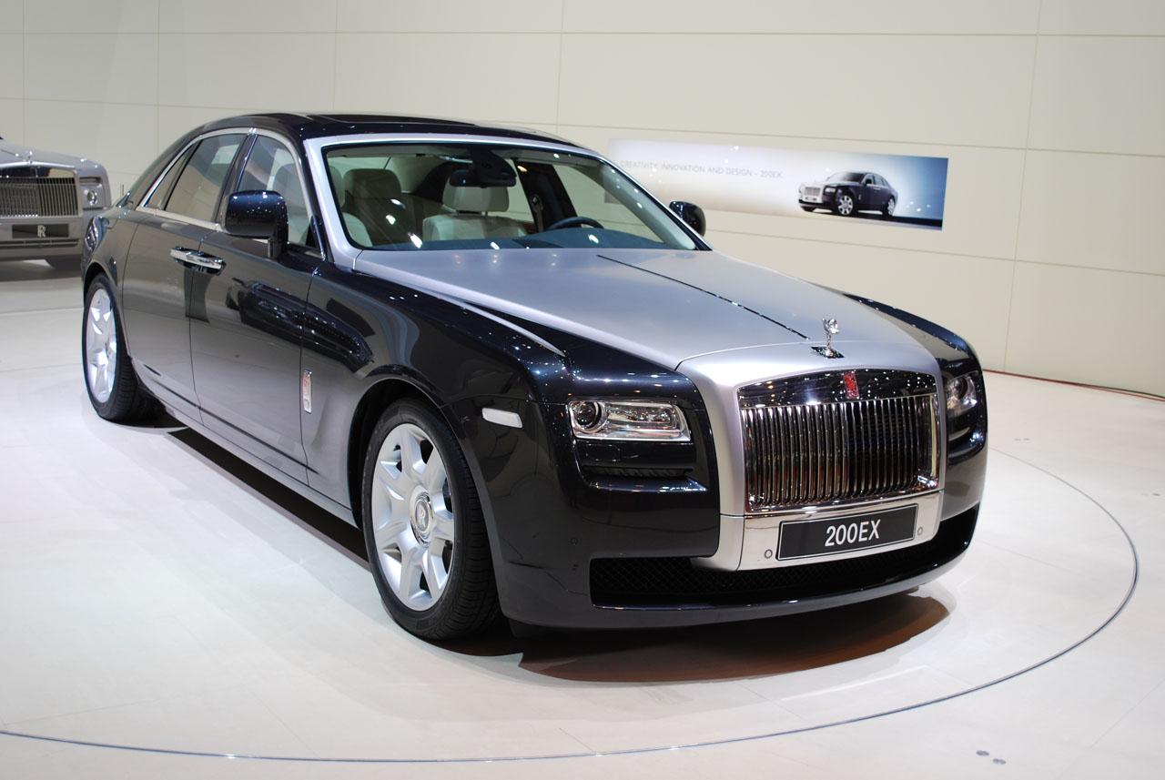 Rolls Royce Ghost High Quality Wallpaper Free Download