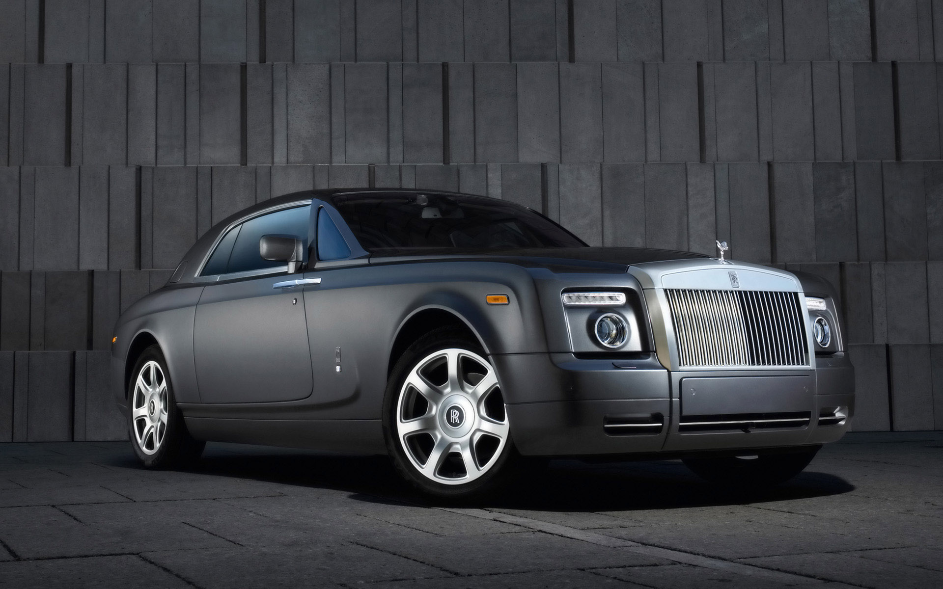 Rolls Royce Free Wallpaper Download