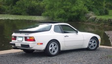1987 Porsche 944 Turbo Sports Car wallpaper Backgrounds
