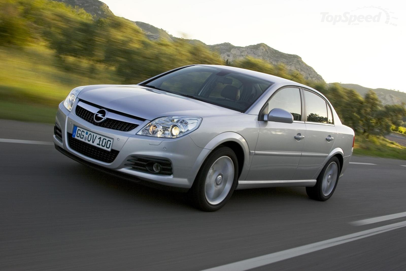 OPEL has Vectra developed over models Wallpaper Backgrounds