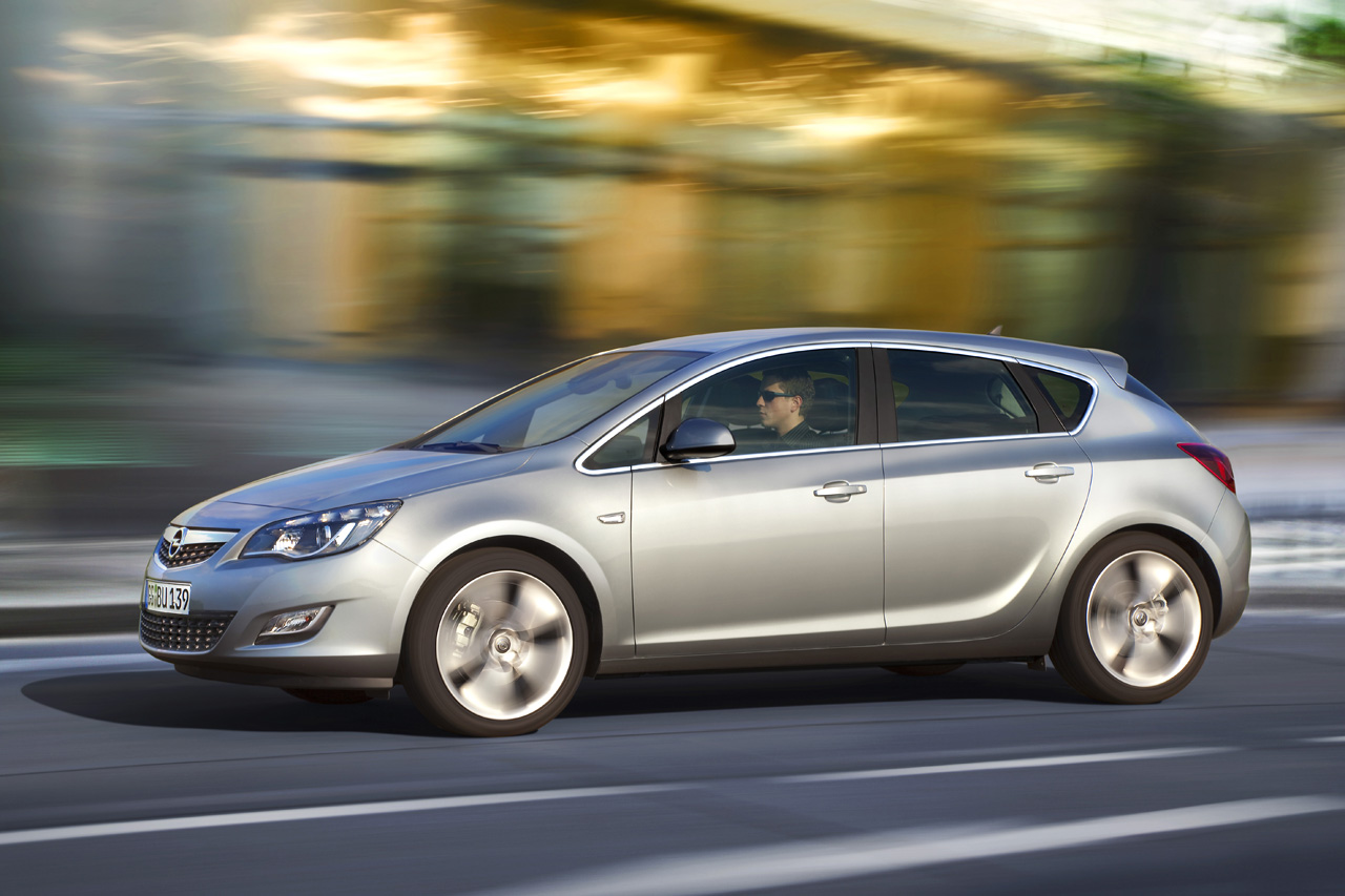 Opel Astra ahead of its unveiling at the Frankfurt Motor Show this High Resolution Wallpaper Free