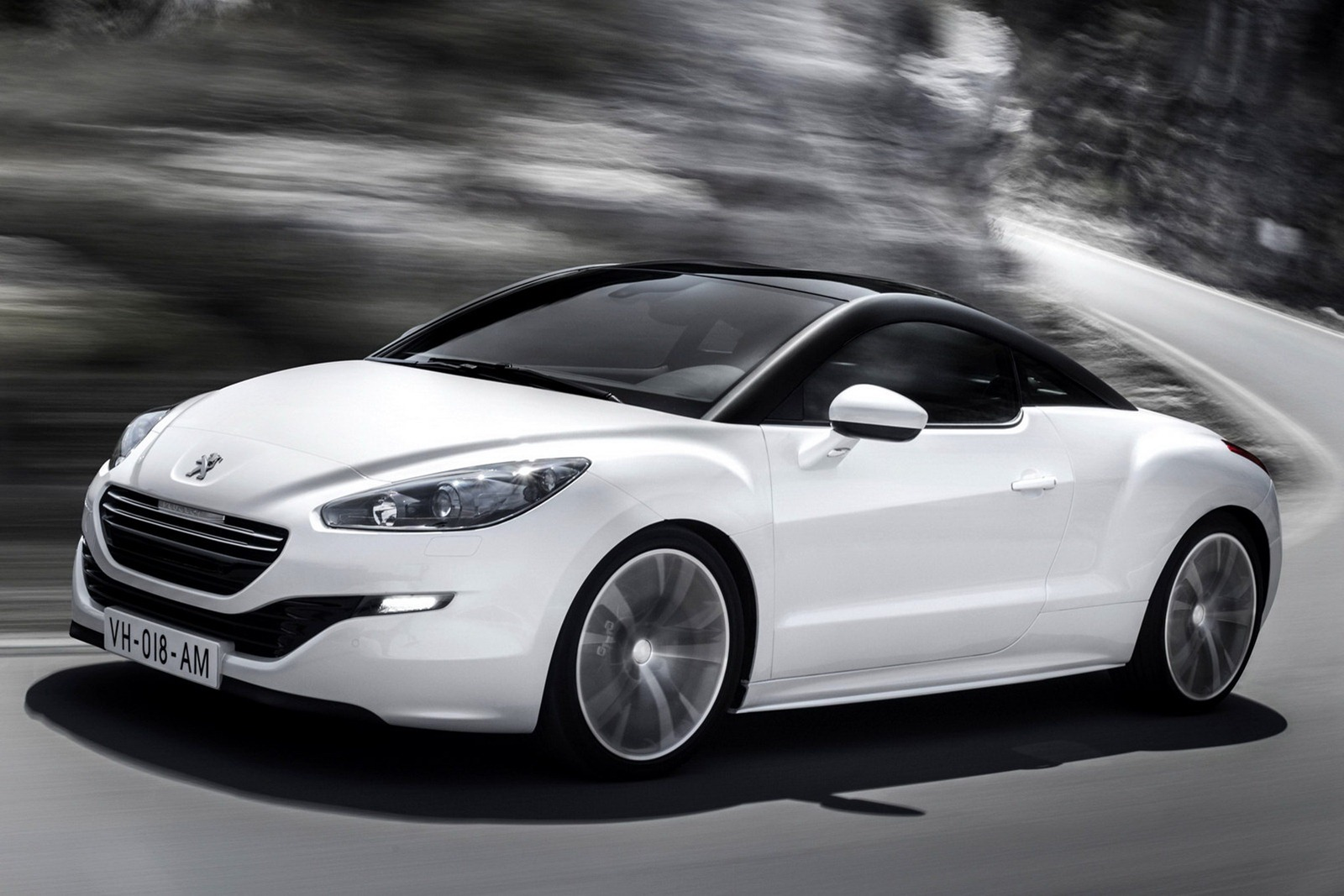 Peugeot RCZ Coupe Facelifted headed for Paris Motor Show Wallpapers Download