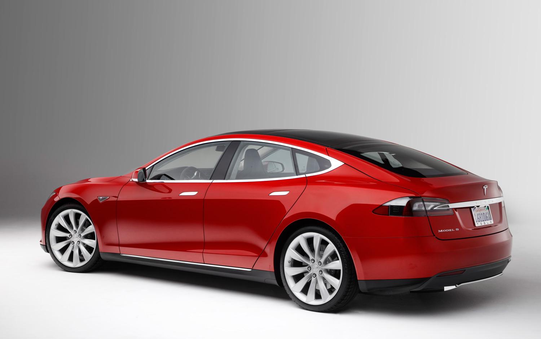 Consumer Reports Motor Trend Tesla Model S rear three quarter High Resolution Wallpaper Free
