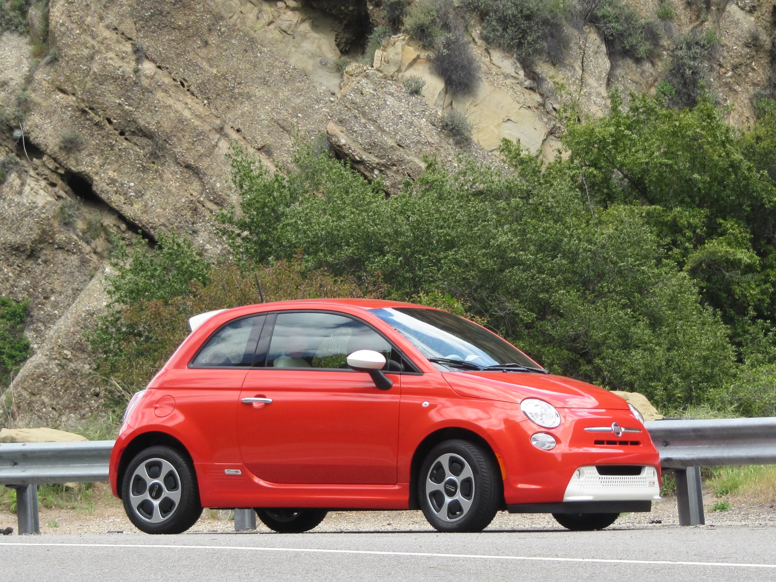 Fiat 500e electric Photos Best Looking Car High Resolution Wallpaper Free