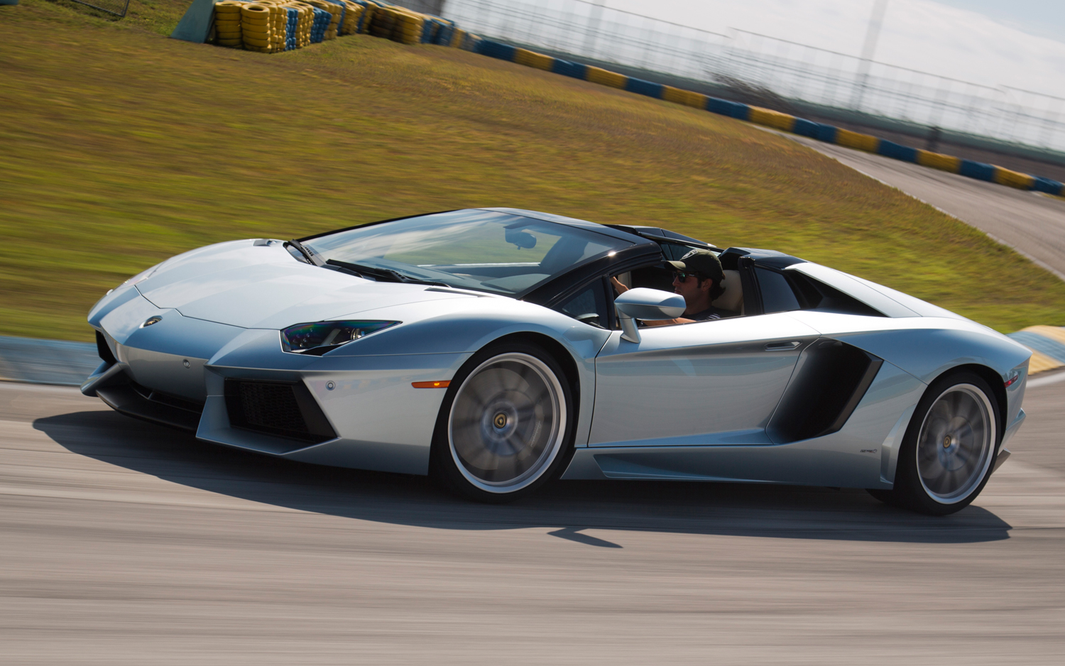 lamborghini 2013 Aventador Roadster Front Three Quarters In Motion images courtesy to converter free download