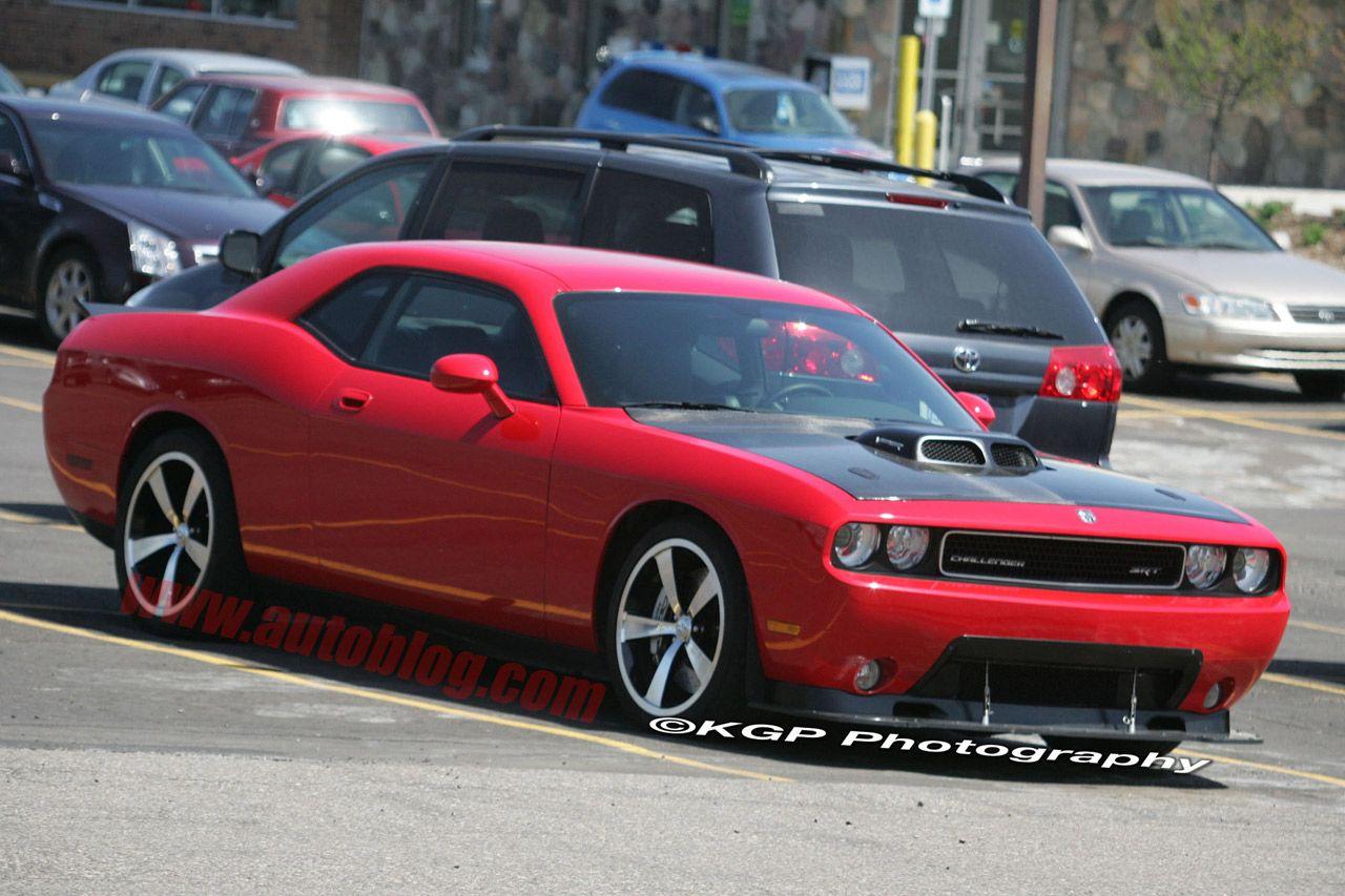 Dodge Challenger con motor V10 Wallpapers Desktop Download