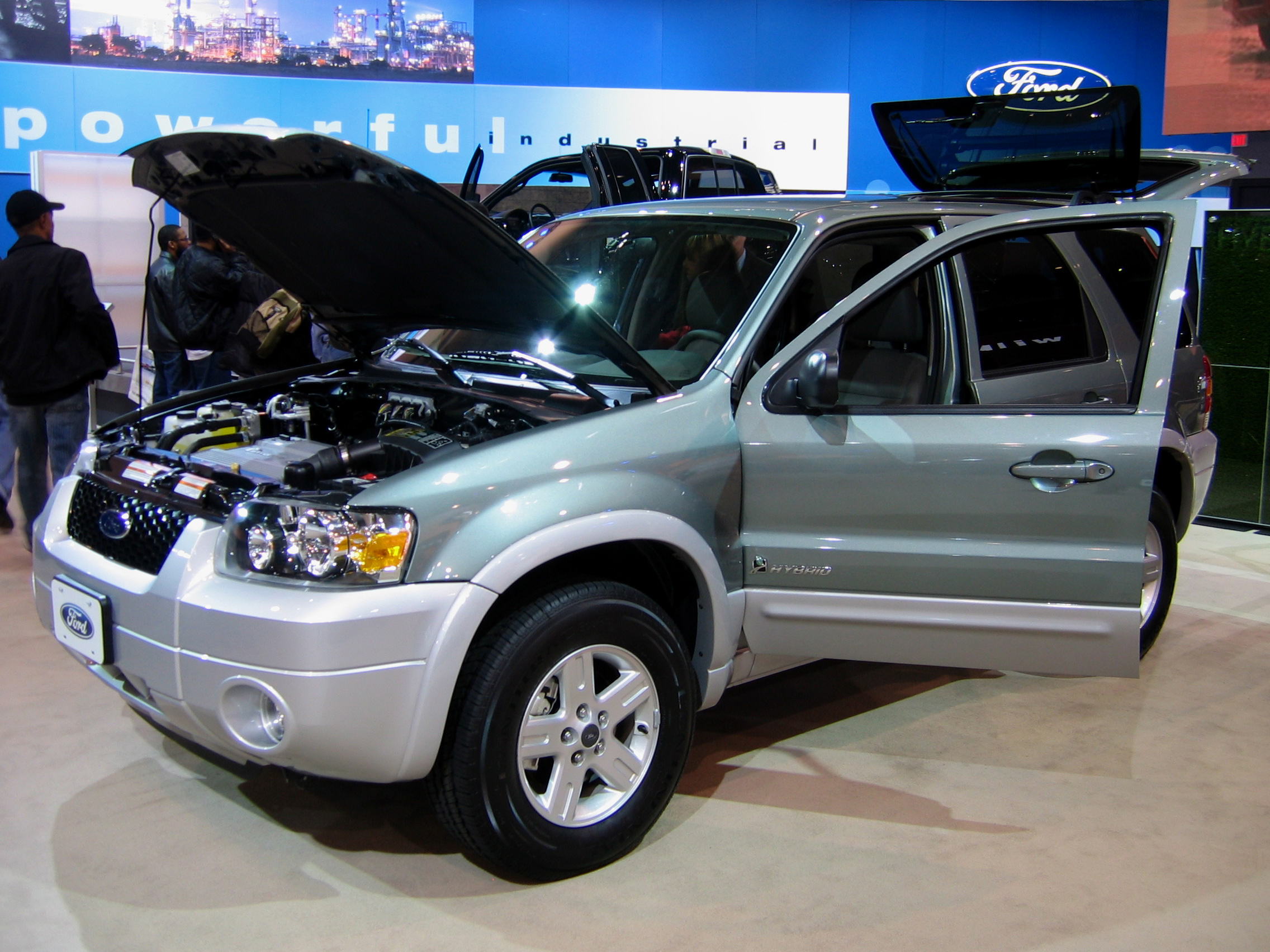 Ford escape hybrid HD Free Picture Download Image Wallpaper