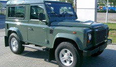 Land Rover Defender front Photo courtesy wikipedia Car Pictures Wallpapers Backgrounds