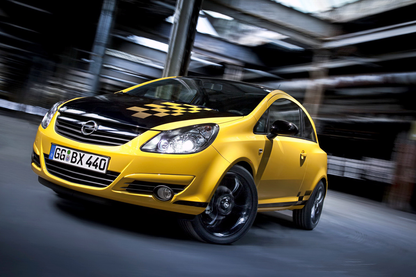 opel corsa supermini Color Race has just released a special edition of their