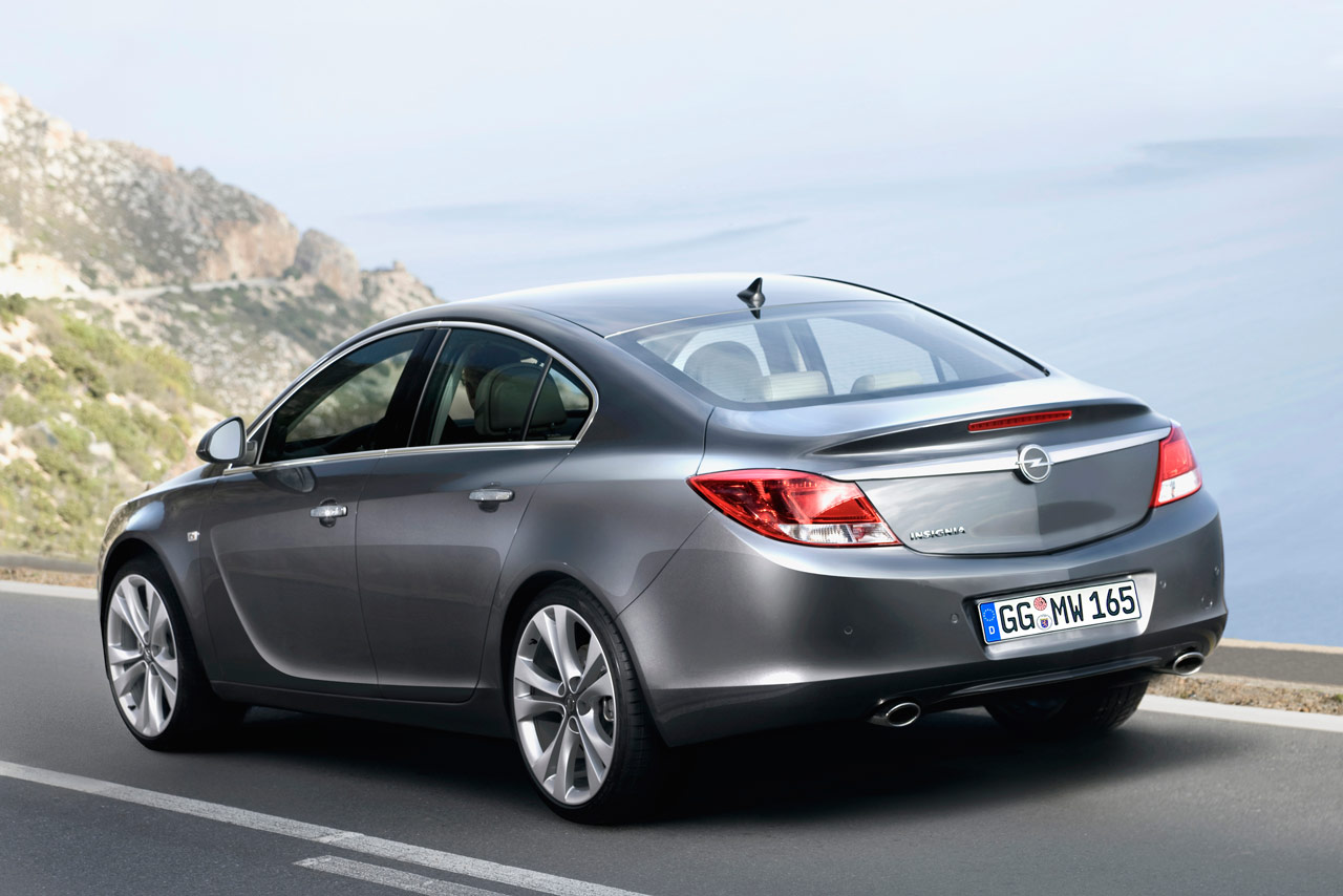 Opel Insignia Wallpapers HD