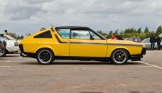 Renault R17 Car High Resolution Image Download
