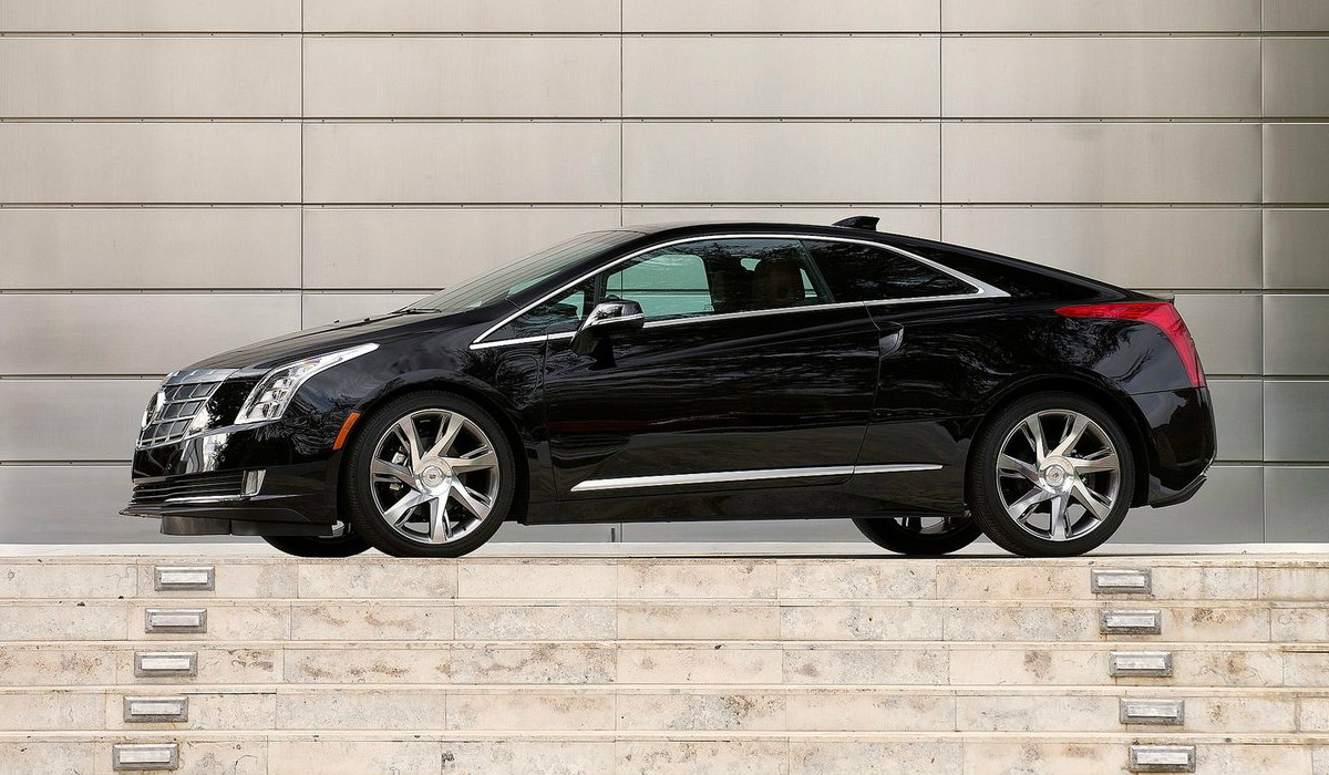 Cadillac Dealers in ct offered 5000 incentive to promote the elr