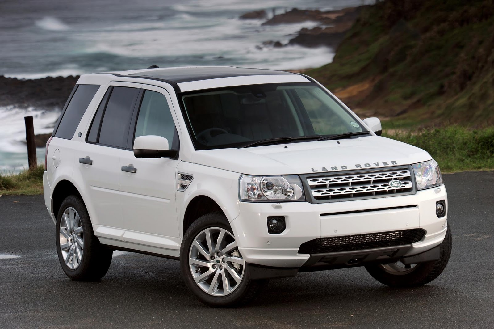 Land Rover Freelander White HD Wallpapers Download