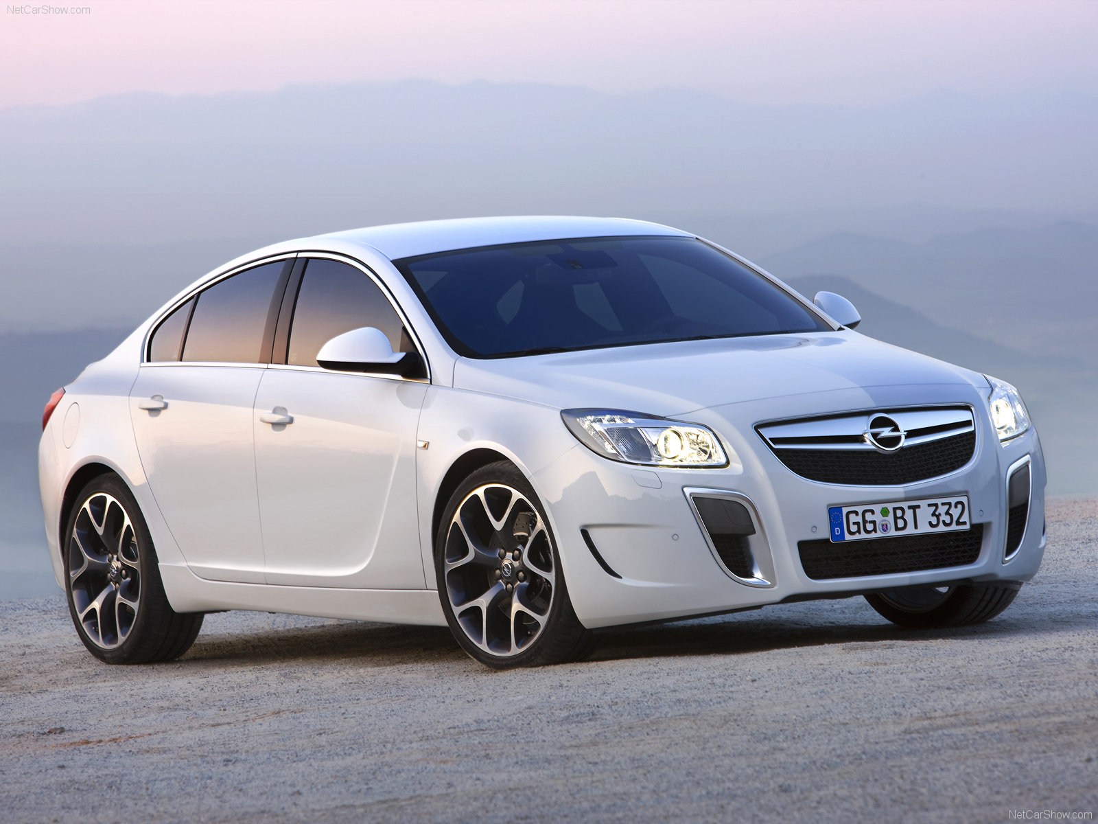 Opel Insignia Photos Wallpapers Download