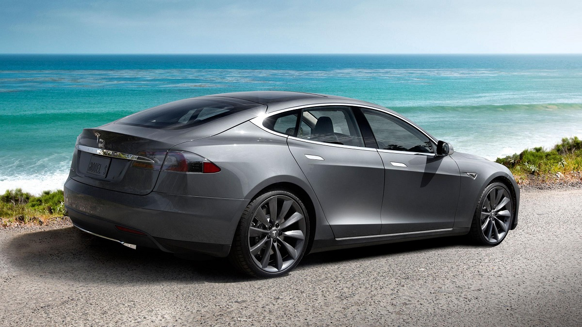 Tesla Model S Outsold Mercedes Benz S Class BMW 7 Series image Wallpaper Backgrounds