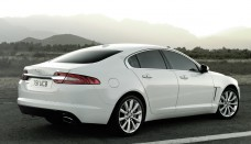 Used Jaguar XF 2012 had been revised and improved two pawns in publicfree download image