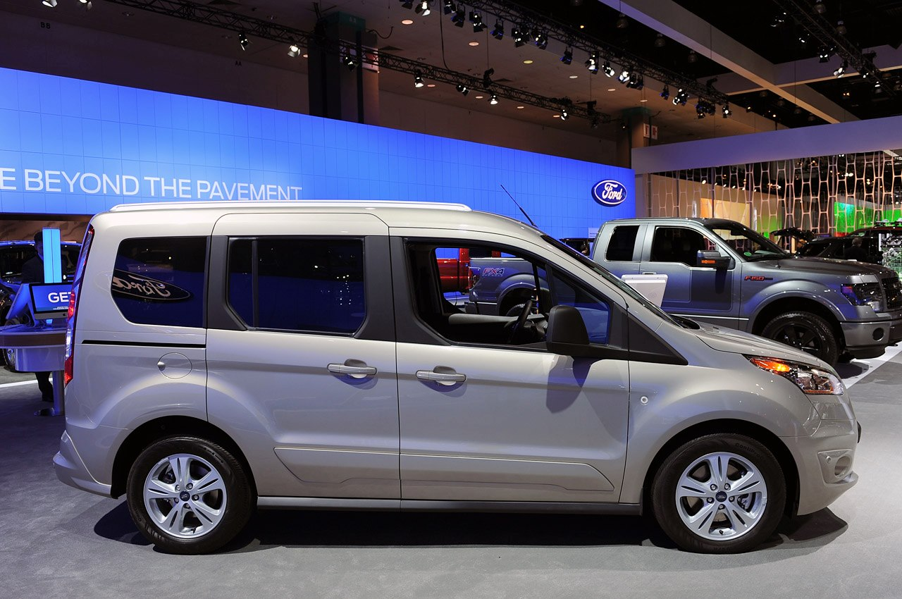 Ford Transit Connect Wagon Los Angeles Photo free image download