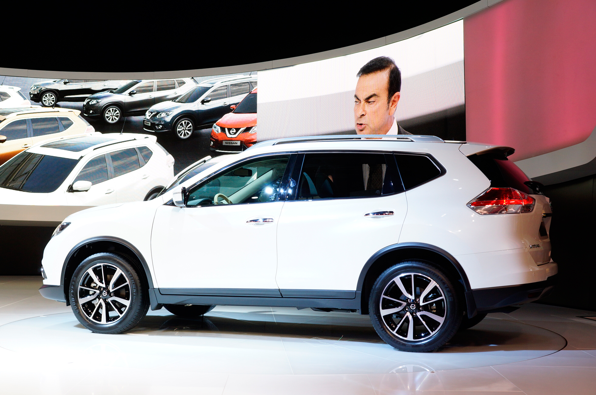 Nissan Rogue to Offer Third Row Seats Priced at side profile image hosting free Wallpaper