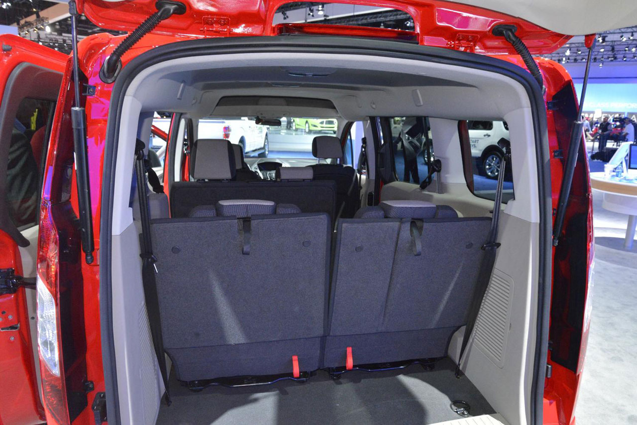 Ford Transit Connect Wagon Photo interior free download image