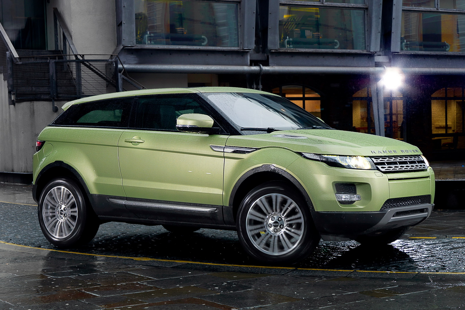 Land Rover Announces U.S. Prices and Fuel Economy Figures  free download image