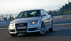 AUDI RS4 Wallpapers in High DEF For Desktop, Laptop, Tablet & Mobile 3