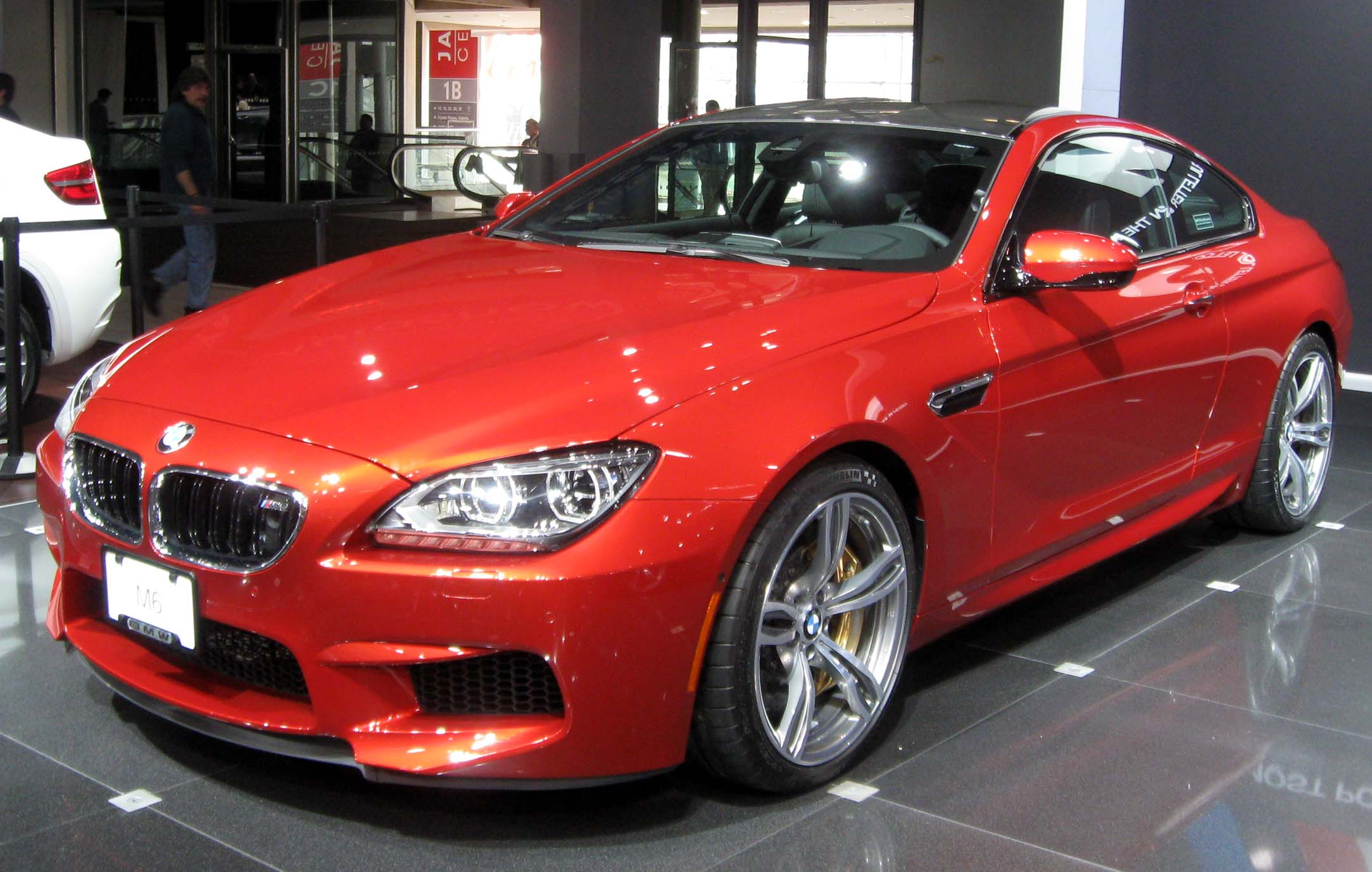 BMW M6 Auto & Car Wallpapers HD | Iphone | Android| Desktop 1
