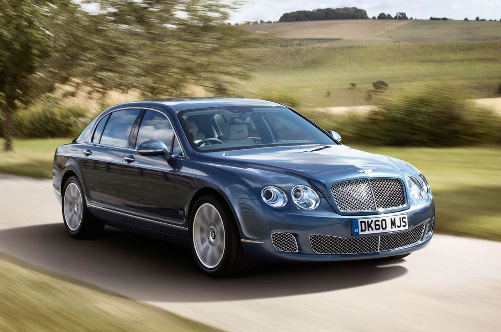 flying Spur – Car Wallpapers in HD For The Iphone ,Android,Desktop,11