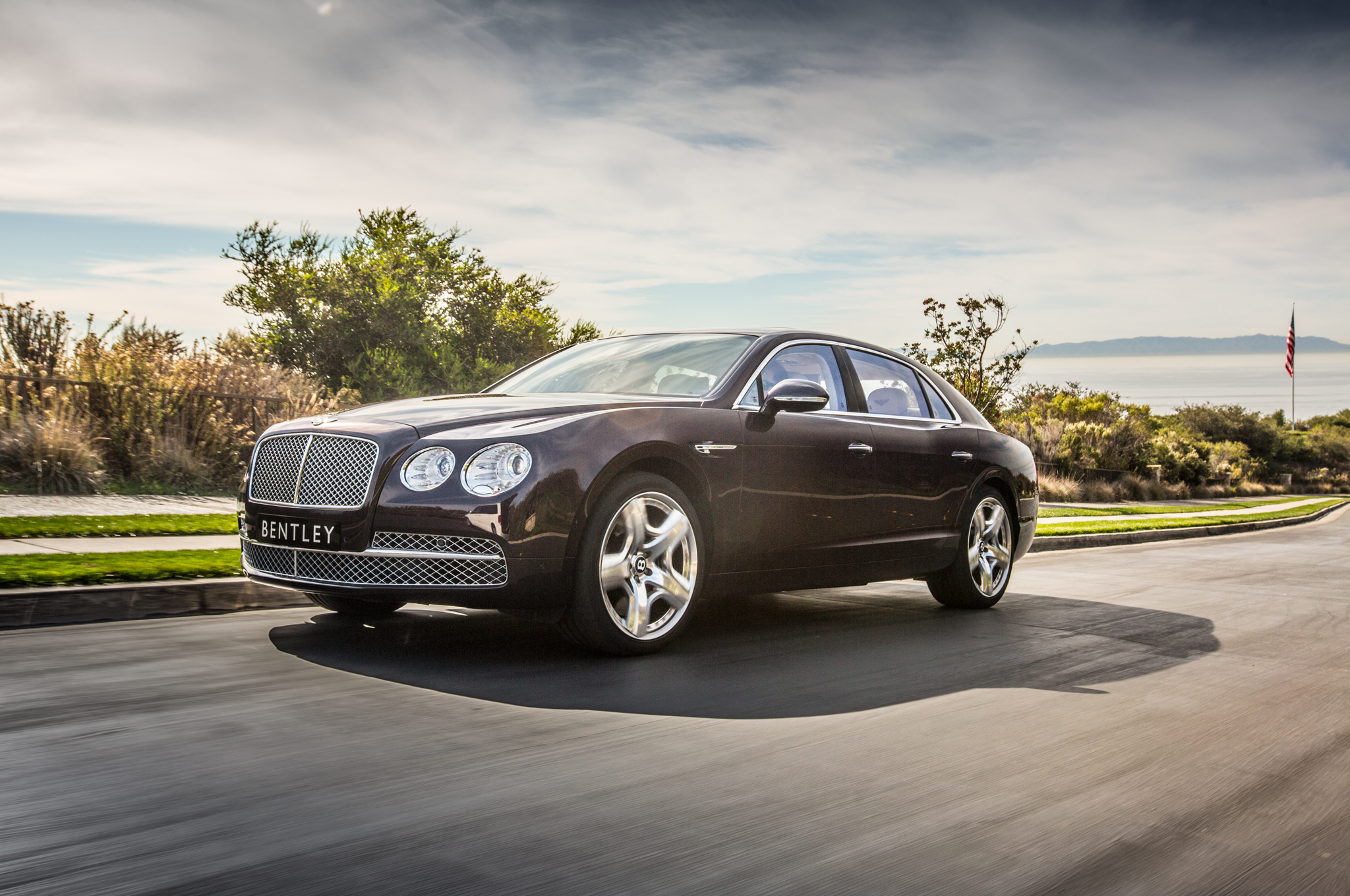 flying Spur - Car Wallpapers in HD For The Iphone ,Android,Desktop,10
