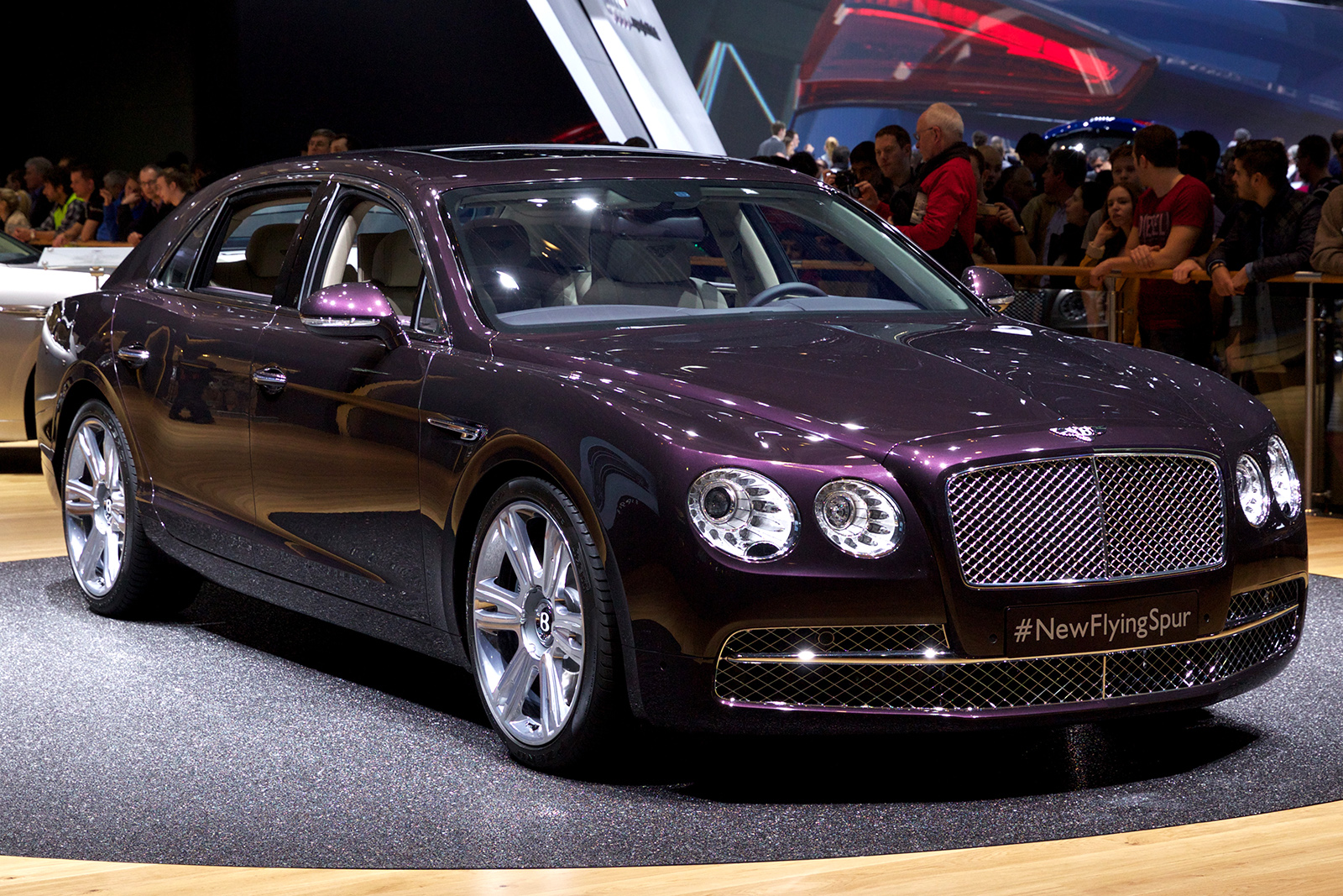 flying Spur - Car Wallpapers in HD For The Iphone ,Android,Desktop,3